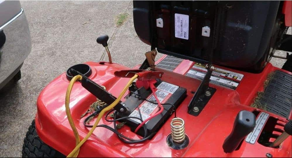 How To Charge a Riding Lawnmowers Battery